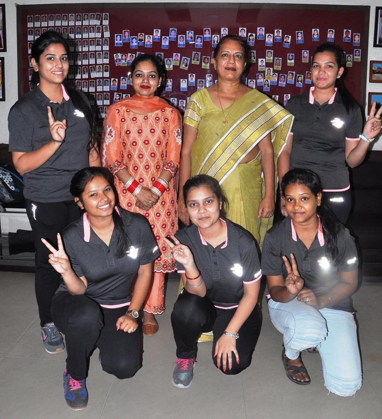 Table Tennis Team of PCM S.D. College for Women, Jalandhar nails second position